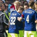 De Boer: '#Ajax niet een beetje, maar zeer ondermaats.' Lees meer: http://t.co/sOZPvqUtDq http://t.co/rT4Ek9SrvP