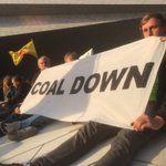 RT @beatsacoal: #coaldown at #PeoplesClimate march #Amsterdam http://t.co/YSuDi9Ct71