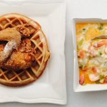 RT @JadeFloydDC: Breakfast in bed care of @postmates @cremedc #dc #ondemand #lazy #shrimpngrits #chickennwaffles #delivery http://t.co/bvPkojZKG2