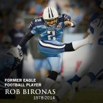 RT @GSAthletics_FB: Thoughts & prayers for family & friends of Eagle PK @RobBironas, member of 2000 GS NC team. http://t.co/KDA81hEeky http://t.co/VyCHlTtx89