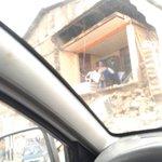 RT @gatoesponjado: Se le cayó la pared a estos moradores en la esq. De Ohiggins con Portales.. @tteinforma_IV @AlmacenSilvana http://t.co/J38Vm3L00C