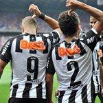 Diego Tardelli e Marcos Rocha lembram maior goleada dos clássicos em comemoração http://t.co/dEbS7XzmVu http://t.co/rMnVY4xdcA