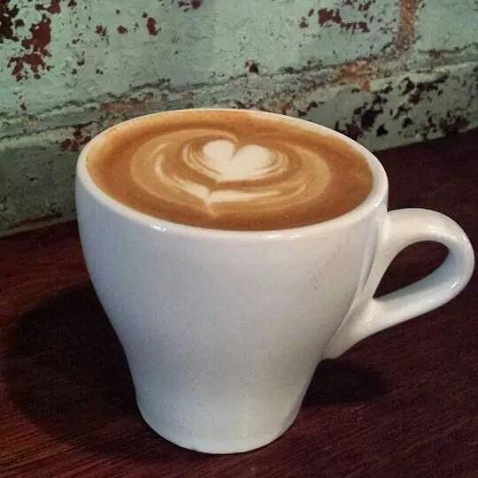Hi there, Melbourne.Beautiful sunny day ahead-fuel up on coffee/breakfast at our place before exploring the city. http://t.co/voMk24boeY