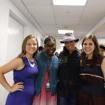 RT @GirlUp: Girl Up teens hang behind the scenes with @aliciakeys before her #SocialGood Summit performance! #2030NOW http://t.co/PcHiHzDjoC