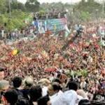RT @BreakingNewPak: Mazar-e-Quaid rally: Not even US, Saudis can save Nawaz, ... http://t.co/PYAP3WsHIi #Pakistan http://t.co/XJu3DaMHXY