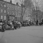 RT @NewYorkologist: Washington Square Park, 1943   #NYC #NY http://t.co/XOPVSmracR
