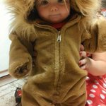 """???????????????? """"@CiudadBizarra: Impresionante foto de bebe león http://t.co/ICSfUH59fe"""""""