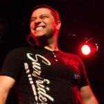 RT @Milenio: #NoEsBroma Ex vocalista de Coda es rechazado de #LaVozMexico http://t.co/twbKqpGxTo (Vía @Mileniohey) http://t.co/Cot57SvcQ5