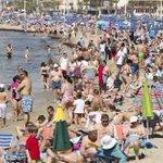 España alcanzó en agosto un máximo histórico de turistas http://t.co/eSETrB6Xpb Llegaron 9,1 millones de visitantes http://t.co/g4wxORmuv8