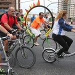 #Málaga, pasión sobre dos ruedas http://t.co/JN3M9QF6Fb La galería de fotos: http://t.co/cAF3XmaRpk http://t.co/3md68alR2i