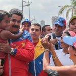 Nuestro Pdte. Obrero @NicolasMaduro celebró junto al pueblo venezolano el día internacional de paz #SomosGenteDePaz http://t.co/LnEjVH92LZ