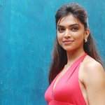 RT @firstpostin: Dear TOI, its 2014, slut-shaming Deepika over cleavage is so passe http://t.co/6ofrqFIyvB http://t.co/GPWlv2vlO8