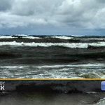 RT @aaronofseyer: Great shot taken Sunday by Cindy in Saugatuck of an angry Lake Michigan. Waves were between 5-10. #wmiwx @wzzm13wx http://t.co/CWbhppkZt2