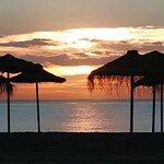 Recuerda, el verano acaba cuando tú decidas. ¡Feliz semana! http://t.co/6IWyxyX5o7