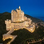 RT @MailOnline: Fairytale mountain-top Castle Hotel opens in China http://t.co/GL4fRlJ0Nb