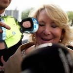 RT @JRMora: Esperanza Aguirre agredida brutalmente. http://t.co/jxCZxDAcRz