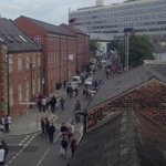 RT @andyholliday: .@sheffhallamuni Freshers week in full flow outside our offices. #studentseverywhere http://t.co/1sayX0T3b7