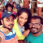 RT @sriyareddy: #SelfiePulla #Kaththi #AndaavaKaanom http://t.co/9W5xL1JRVO