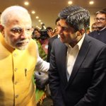 Came across this really cool picture of PM and @gauravcsawant .. Lovely pic:) http://t.co/f94gVW5xAx