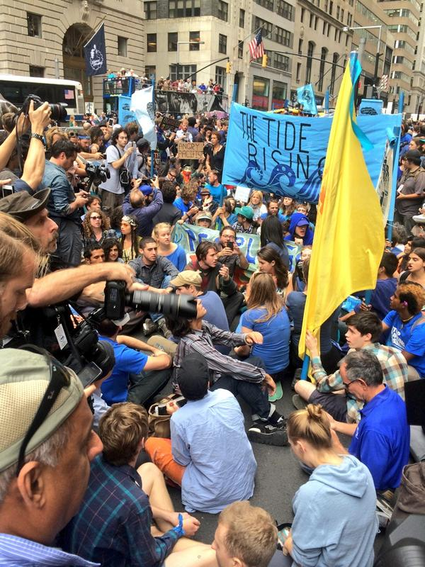 Protesters starting civil disobedience. People expecting to be arrested. #FloodWallStreet http://t.co/P632FYbjnJ
