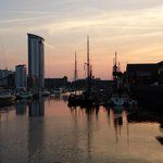 RT @eiona_cymru: @EnjoySwansea @VisitSwanseaBay beautiful evening at #Swansea #Marina http://t.co/WQrSAdreqG