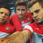 RT @ArsenalTrain: Great selfie. #AFC http://t.co/XrcPFq7cvY