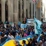 RT @HuffPostJapan: 【New!】気候変動デモから派生して、ウォール街とブロードウェイに抗議デモ隊がなだれ込む(画像) http://t.co/G6Lj7CPx9n http://t.co/9LxeT1OQth