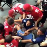 RT @KTVU: Brawl breaks out between @49ers and @AZCardinals fans during Sundays game. VIDEO: http://t.co/Y9ClEjiSNb http://t.co/tzjZdpDzXm