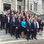 RT @isaac_davison: New Nats caucus on Parliament steps http://t.co/nhtzg2l4kr