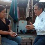 RT @mvillegas2001: Llevando la jornada #HastaTuPuerta a la colonia #Periodista, donde la gente nos recibe con gusto. http://t.co/zmhXF2aOHA