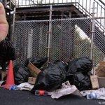 【天才】「ゴミ捨て場」のジオラマが、ハイクオリティすぎると話題 http://t.co/pWGi7Attfs 作成者の「情景師アラーキー/荒木さとし」さんは、ほかにも素晴らしい作品の数々をTwitterに投稿している http://t.co/Uzvf5Sk7yD