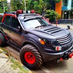 RT @SharanShashank: @anandmahindra Sir ..Have a look, the all new modified Mahindra XUV500 :) http://t.co/Yh9FwPn2du