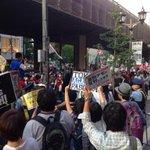 RT @hazuma: カウンターの前を通る。すごい音。これはすげえ。。 http://t.co/FpuvbzFKGB