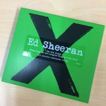 7pm tonight @edsheeran is co-hosting! Win a signed copy of #Multiply by tweeting #EdSheeranAndSmallzy http://t.co/dkqY11TKO4
