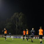 IMAGE | The players have hit the pitch for their pre-match warm-up! (Pic: @tomwrp) #SASvPER #FFACup http://t.co/oPA5tCO87v
