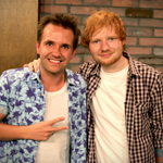 Arent they cute!! @EdSheeran is taking over from @Smallzy...starting...NOW! #EdSheeranAndSmallzy http://t.co/vu9WovkUVn