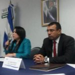 """@elsalvadorcom: .@SIGETSV dice que acatará decisión de Junta de Directores para que canal 11 regrese al 37. http://t.co/WmJXqfaLmU"""