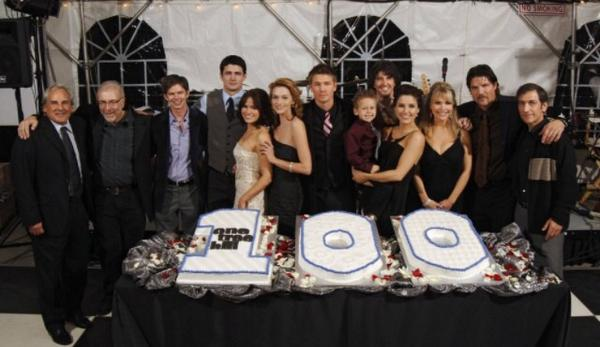 It's crazy to think that 11 years ago the crazy adventure of #OneTreeHill started.. I couldn't be more grateful.. http://t.co/ZmPOQZXdiO