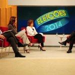 """Aécio Neves: """"Vou reestatizar a Petrobras"""" http://t.co/RLBkpvJ6eU http://t.co/SRlOzMY4Ba"""