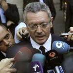 ÚLTIMA HORA: Gallardón anuncia su dimisión http://t.co/YF1NewLmxT http://t.co/ryOR9L3Nfi