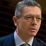 RT @antena3com: ÚLTIMA HORA: Gallardón anuncia su dimisión como ministro de Justicia http://t.co/WzBlwxLv0a http://t.co/uFV6ScGqXd