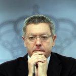 RT @el_pais: #Gallardón, gestión polémica y legado inacabado http://t.co/gjZIA6o7yG Dimite el Ministro de Justicia #LeydelAborto http://t.co/vxiqOsEIlN