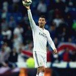 RT @ReinoMadridista: Cristiano Ronaldo 254 partidos 264 goles 25 Hat-tricks Simplemente, el mejor jugador del mundo. http://t.co/K4nhWl7Ose