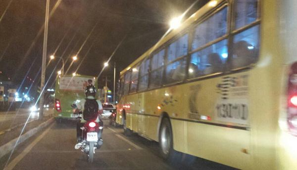 Imirante.com (@imirante): Ônibus vão parar de circular a partir das 18h desta terça, afirma sindicato dos Rodoviários. http://t.co/dIs6Z7OH1W http://t.co/ybMj3d8UQ5