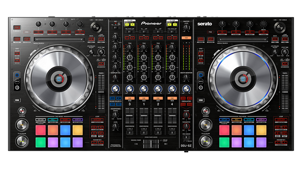 OBSESSED with the DDJ-SZ @Serato X @PioneerDJ DJ controller. http://t.co/yTQlOZ4Qt4 http://t.co/alhULL2TMN