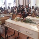 RT @prensacom: En la Basílica Menor de Don Bosco se efectúan esta tarde las honras fúnebres de la familia asesinada en La Chorrera. http://t.co/0c0hYVemjB