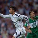 RT @RM4Arab: كريستيانو رونالدو. - 7 أهداف في 4 أيام - 264 هدف في 254 - 39 هدف في عام 2014 الأفضل في العالم. http://t.co/vSS7Rtc60A