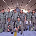 RT @aawsat_News: صور للطيارين السعوديين بعد عودتهم سالمين بعد مشاركتهم في توجيه ضربات ضد #داعش (واس) http://t.co/lqSGBJalbk
