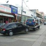 Las Grúas de @TransitMonteria están haciendo barridas en calles de Montería. Dr Hector Fabio esto se puede hacer? http://t.co/mvXD0CfH2A