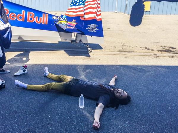 Presented w/o comment - @steveaoki after flying w/ @KirbyChambliss in advance of @redbullLV #airrace @redbullLAX http://t.co/UTOlkk1zzT